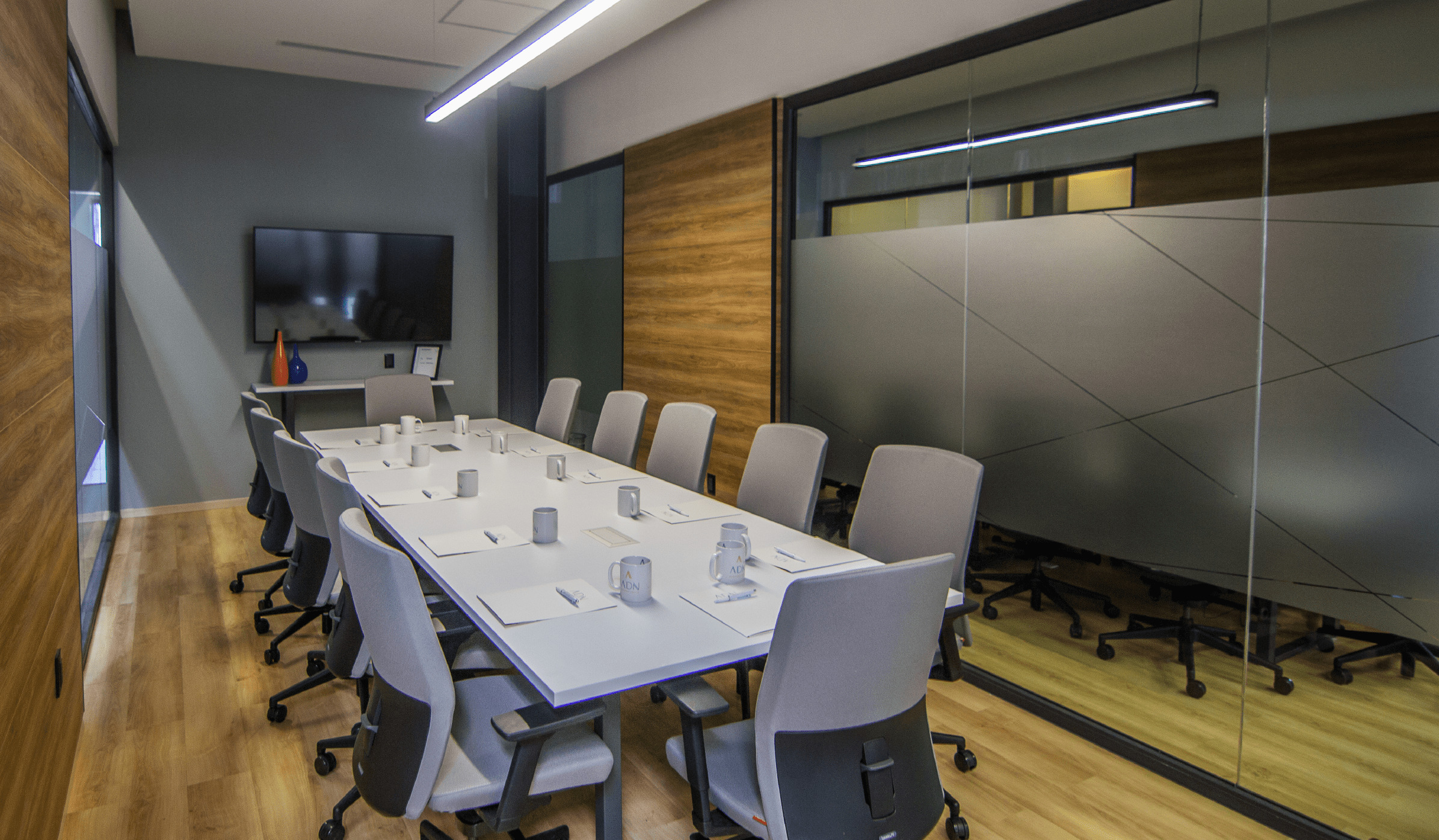 Sala de juntas en ADN Business Center